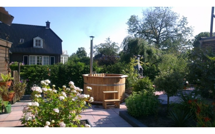 Ø2,2m Badetonne (HOT TUB) aus Thermo-Holz